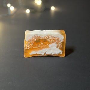 Apelsiniseep-käsnaga